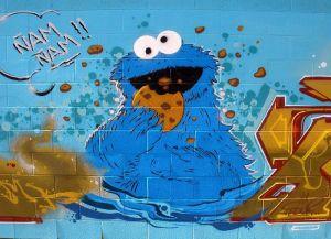 800px-Vitoria_-_Graffiti_&_Murals_0332