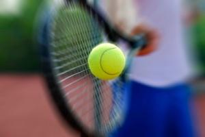 gloria tennis racket